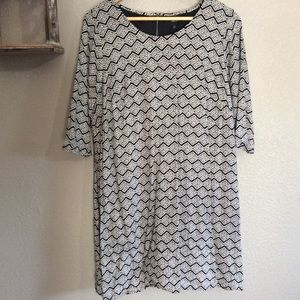 EUC Ellos Size 14 Black & White Lined Shift Dress